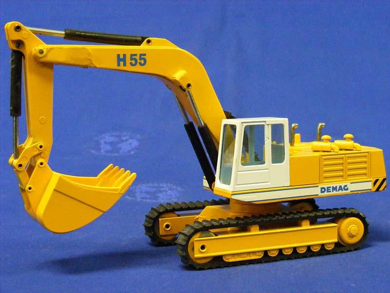 demag-h55-hydraulic-track-excavator-nzg-NZG273