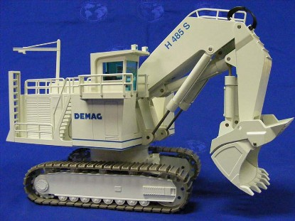 demag-h485s-hydraulic-shovel-white--nzg-NZG357W