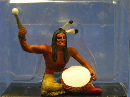 indian-sitting-beating-drum-elastolin-by-preiser-ELA7119