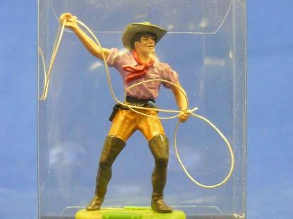 cowboy-with-lasso-elastolin-by-preiser-ELA7149