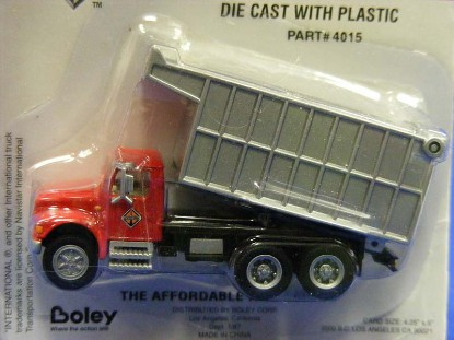 international-4900-3axle-dump-truck-boley-BOL4015