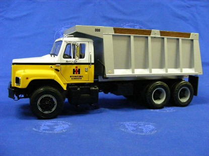 ih-s-dump-truck-international-first-gear-FGC400190