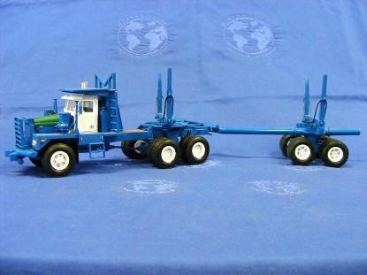 kenworth-850-logging-truck--blue-miniatur-models-srl-MIM50017
