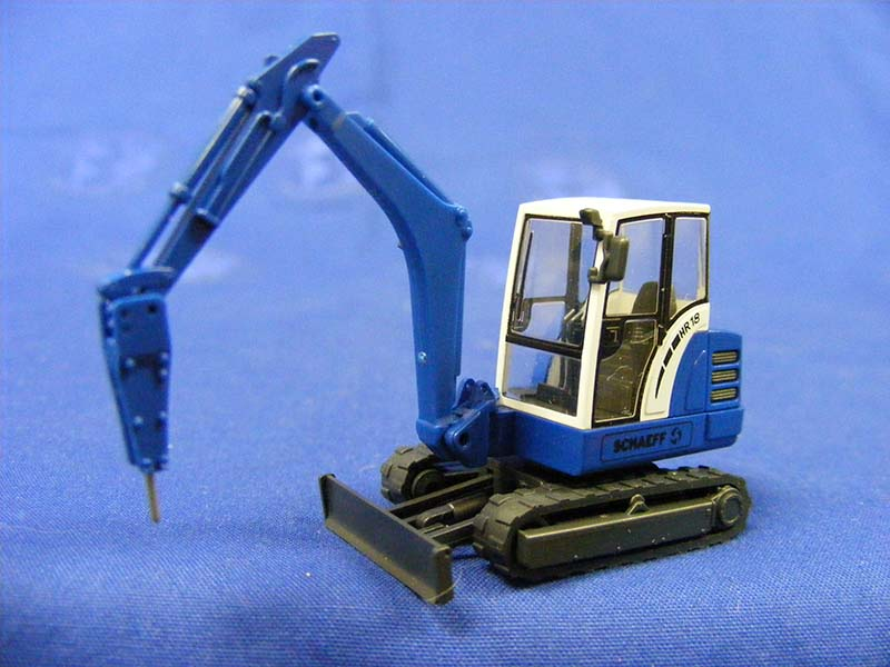 schaeff-mini-excavator-w-2-axle-trailer-wiking-WIK65840