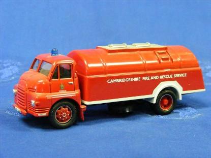 bedford-s-fire-cambridgeshire-tanker-corgi-COR19201