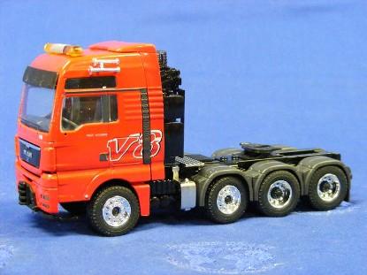 man-tgx-xxl-4-axle-tractor-conrad-CON70006