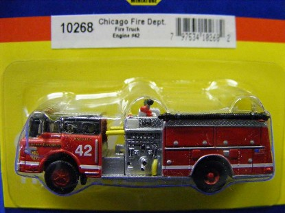 firetruck-chicago-fire-dept.-engine-42-athearn-ATH10268