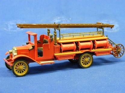 1928-volvo-fire-truck-conrad-CON1030