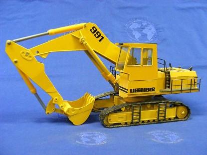 liebherr-r991-track-excavator-conrad-CON2823