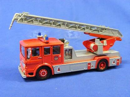 aec-ladder-truck-bristol-corgi-COR97386