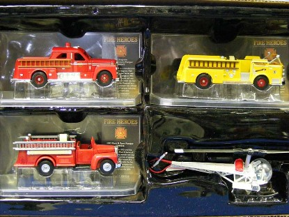 americas-bravest-3-fire-heroes-4-piece-corgi-CORCS12004