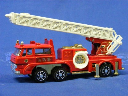 fuso-fire-ladder-truck-diapet-DIAT-49