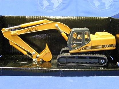 case-9030b-track-excavator-ertl-ERT4546