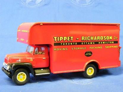 1957-ih-r-200-w-moving-van-tippet-richardson-ltd-first-gear-FGC1566
