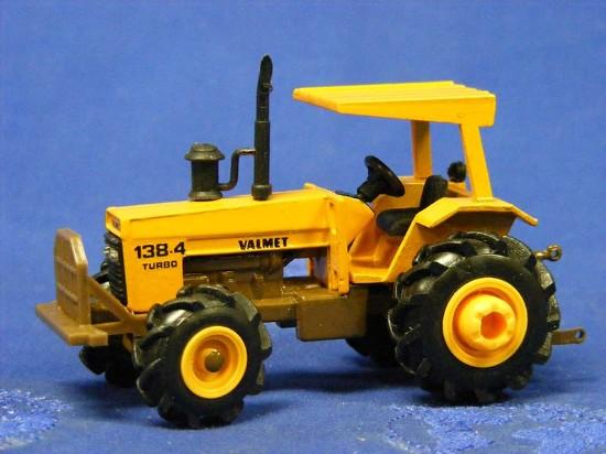 valmet-138-4-turbo-tractor-arpra-supermini-ARPV1