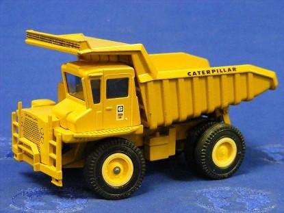 caterpillar-769b-dump-truck-rib-tires-conrad-CON276