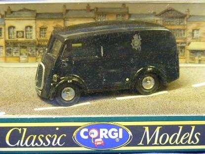 morris-j-van-corgi-COR10983