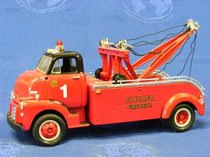 1952-gmc-heavy-duty-wrecker-chicago-fire-dept.-first-gear-FGC1050
