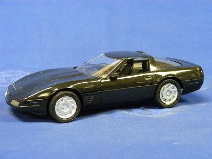 1992-chevy-corvette-zr1-amt-ertl-AMT6566