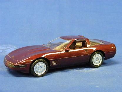 1993-chevy-corvette-2r-1-40th-anniversary-amt-ertl-AMT6576