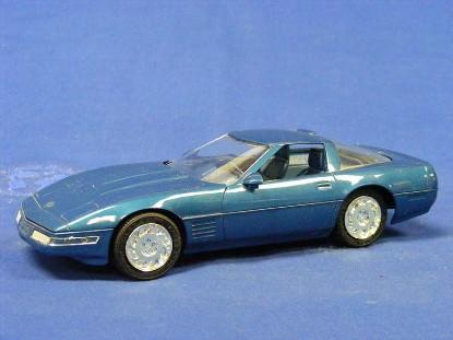 1991-corvette-zr-1-amt-ertl-AMT6934