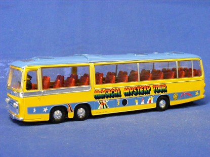the-beatles-bedford-val-magical-mystery-tour-bus-corgi-COR35302