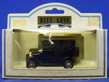 1920-model-t-car-black-lledo-days-gone-by-DGB003