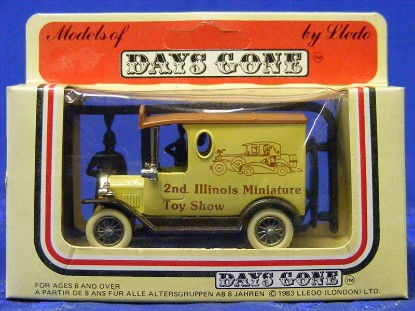 2nd-illinois-miniature-toy-show-delivery-truck-lledo-days-gone-by-DGB013