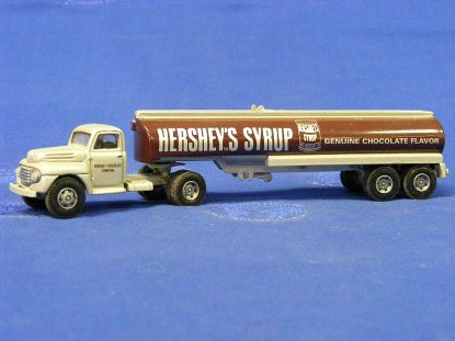 ford-f-7-tanker-hershey-s-syrup--hartoy-HAR55300