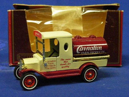 1912-ford-model-t-delivery-cart-carnation-matchbox-yesteryear-MMYY3