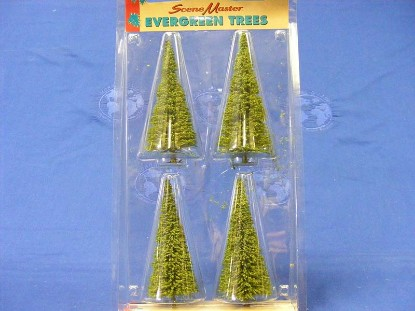 evergreen-trees-4-5--lifelike-trains-LIF1988