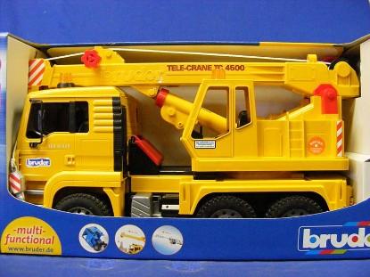 man-truck-crane-bruder-BRU02754