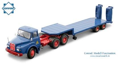 man-dhas-with-lowbed-trailer-schmidbauer--conrad-CON1045