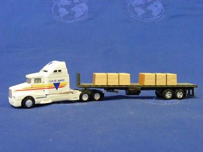 kenworth-t600b-w-flatbed-trailer-load-ertl-ERT4265