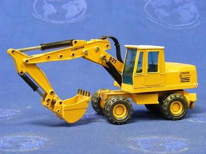 liebherr-921-series-b-wheel-excavator-conrad-CON2820.5