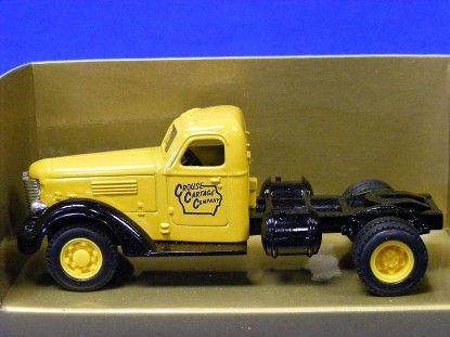 1947-international-kb-12-semi-cab-ertl-ERT2627