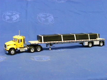 mack-tractor-w-flatbed-load-customized--first-gear-FGC0001