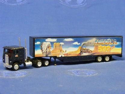freightliner--500-years-america-wild-west--herpa-HER140836