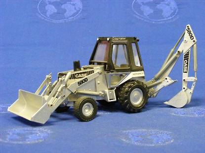 case-580d-tractor-backhoe-silver-serial--conrad-CON2931S