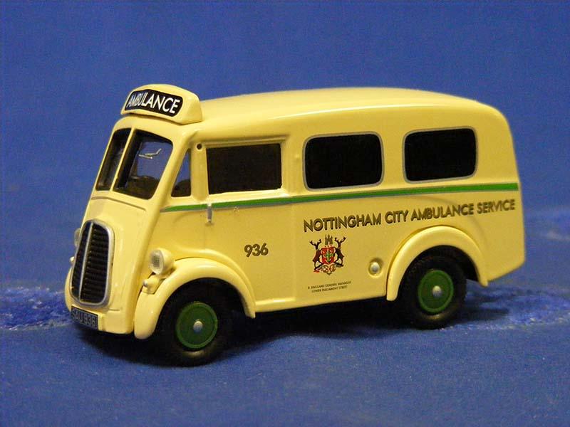 morris-j-ambulance-nottingham-city-ambulance-corgi-COR06202