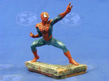 marvel-comics-spiderman-figure-corgi-COR59302
