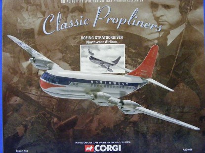 boeing-stratocruiser-northwest-airlines-corgi-COR31001A