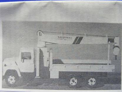 national-crane-telescoping-boom-truck-metal-kit-custom-finishing-CFP7060