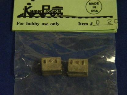 trunks-2--kramer-KRM020