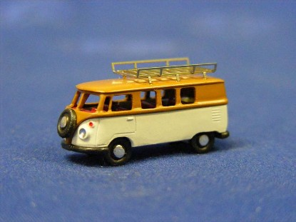 vw-bus-with-baggage-rack-marks-MAR2226