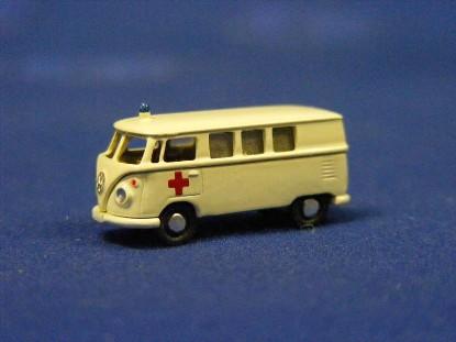 vw-bus-ambulance-marks-MAR2228