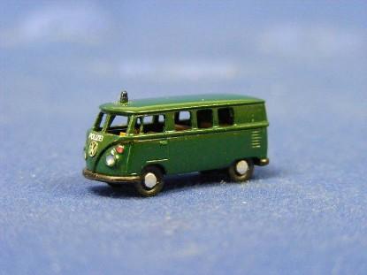 vw-bus-police-green-marks-MAR2402