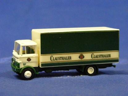 mercedes-benz-lp-809-box-truck-clausthaler--revell-REV0748