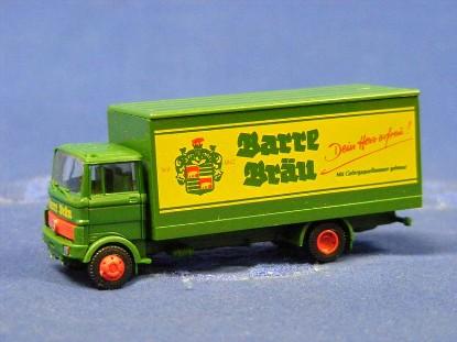 mercedes-benz-lkw-lp809truck-barre-brau--revell-REV80755