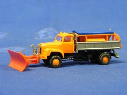 saurer-snow-plow-truck-w-sander-roskopf-RSF427